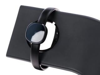 Фитнес-браслет Samsung Charmy черный