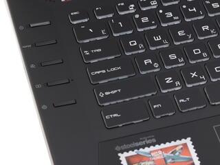 "17.3"" Ноутбук MSI GT72S Dominator Pro G 6QE-828RU черный"