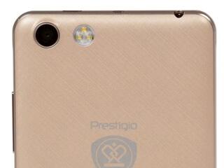 "5.3"" Смартфон Prestigio Muze F3 8 ГБ золотистый"