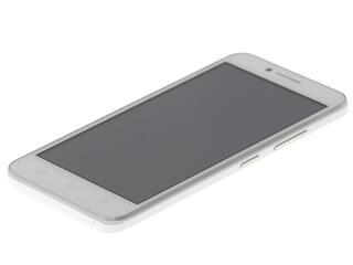 "5"" Смартфон Lenovo A2020 8 ГБ белый"