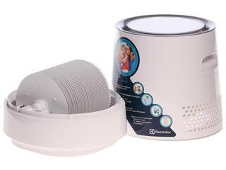 Мойка воздуха Electrolux EHAW-9015D белый