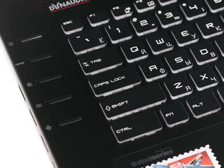 "17.3"" Ноутбук MSI GT72S Dominator Pro Dragon Edition 4K 6QF-088RU красный"