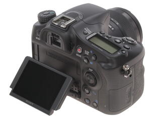 Зеркальная камера Sony Alpha ILC-A68K Kit 18-55mm черный