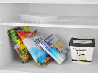 Холодильник с морозильником Бирюса Б-136 белый