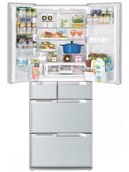 Холодильник Hitachi R-E 6800 U XW белый