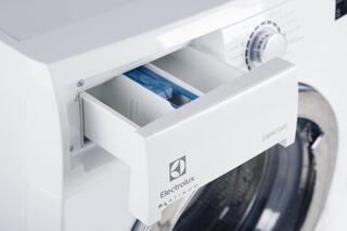 Стиральная машина Electrolux EWS1076CI