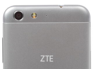 "5"" Смартфон ZTE Blade X7 8 ГБ серебристый"