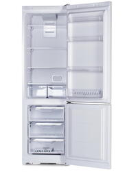 Холодильник с морозильником INDESIT DF 5200 W белый