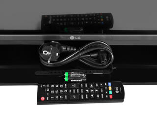 "43"" (108 см)  LED-телевизор LG 43LF570V серый"