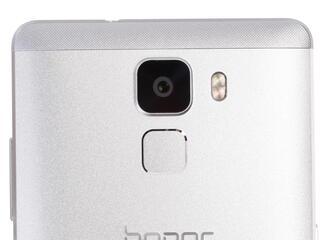 """5.2"""" Смартфон Huawei Honor 7 16 ГБ серебристый"""