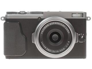Компактная камера Fujifilm FinePix X70 серебристый