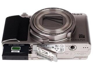 Компактная камера Nikon Coolpix A900 серебристый