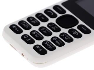 Сотовый телефон Stark M100 белый
