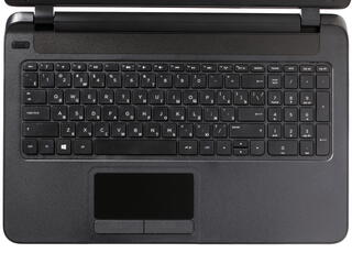"""15.6"""" Ноутбук HP Compaq 15-f100ur черный"""