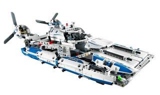 Конструктор LEGO Technic Грузовой самолёт 42025