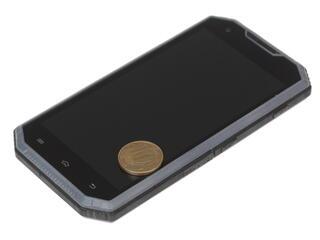 "5"" Смартфон Ginzzu RS95D 16 ГБ черный"