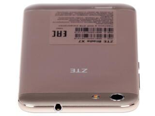 "5"" Смартфон ZTE Blade X7 8 Гб золотистый"