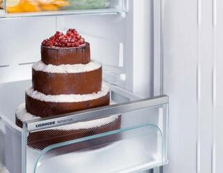 Холодильник с морозильником Liebherr CNef 3515-20 001 серебристый