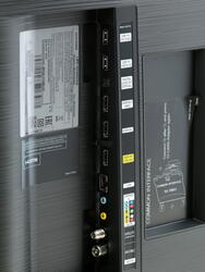 """43"""" (108 см)  LED-телевизор Samsung UE43KU6400 черный"""