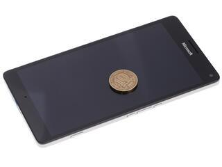 """5.7"""" Смартфон Microsoft Lumia 950 XL DS 32 ГБ белый"""