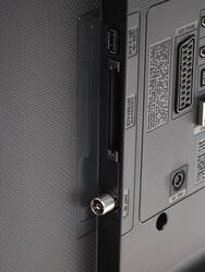 """32"""" (81 см)  LED-телевизор Samsung UE32J4500 черный"""