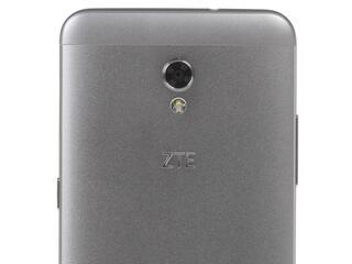 """5.2"""" Смартфон ZTE Blade V7 16 ГБ серый"""