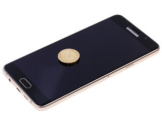 "5.5"" Смартфон Samsung SM-A710F Galaxy A7 (2016) 16 Гб золотистый"