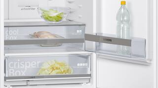 Холодильник с морозильником SIEMENS KG39NXW15R белый