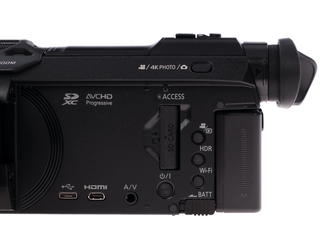Видеокамера Panasonic VXF990 черный