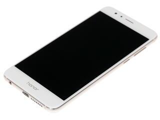 "5.2"" Смартфон Huawei Honor 8 32 ГБ белый"