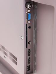 "42"" (106 см)  LED-телевизор JVC LT-42M450 черный"