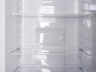 Холодильник с морозильником Bosch KGN36NW13 белый