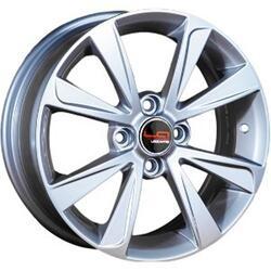 Автомобильный диск Литой LegeArtis RN43 6x15 4/100 ET 36 DIA 60,1 Sil