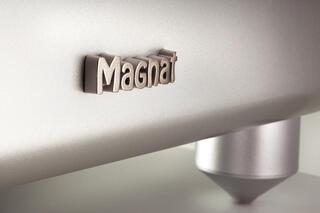Активный сабвуфер Magnat Beta Sub 20A