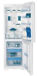 Холодильник с морозильником Indesit PBAA 337 NF белый