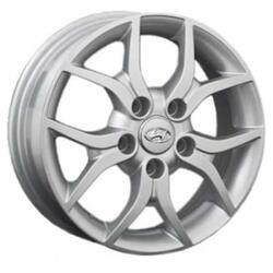 Автомобильный диск Литой Replay HND20 5,5x15 5/114,3 ET 41 DIA 67,1 Sil