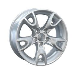 Автомобильный диск литой Replay VV94 6,5x15 5/114,3 ET 35 DIA 60,1 Sil
