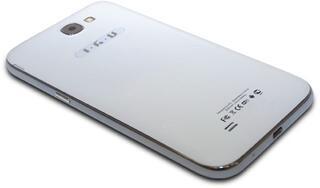 """5.3"""" Смартфон iRU M5301 4 ГБ"""