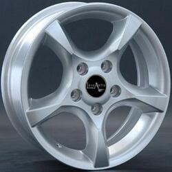 Автомобильный диск Литой LegeArtis RN48 6,5x15 5/114,3 ET 43 DIA 66,1 Sil