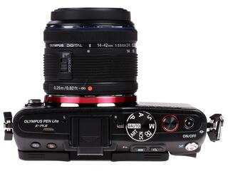 Камера со сменной оптикой Olympus Pen E-PL6 kit 14-42 mm