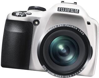 Компактная камера FujiFilm SL300