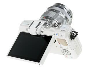 Камера со сменной оптикой Olympus Pen E-PL7 kit 14-42mm
