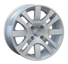 Автомобильный диск литой Replay PG26 6,5x15 4/108 ET 47 DIA 57,1 Sil