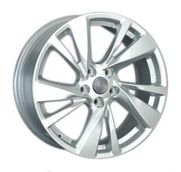 Автомобильный диск литой Replay HND132 7,5x18 5/114,3 ET 48 DIA 67,1 Sil