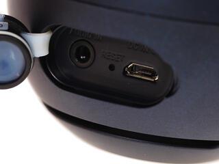Портативная колонка Sony SRS-X1 черный