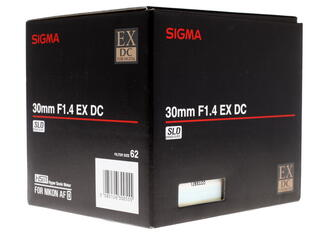 Объектив Sigma AF 30mm F1.4 EX DC HSM