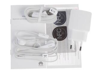 """5"""" Смартфон Huawei Ascend P7 16 Гб белый"""