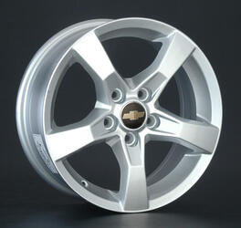 Автомобильный диск литой LegeArtis GM52 6x15 5/105 ET 39 DIA 56,6 Sil