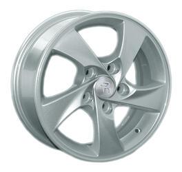 Автомобильный диск литой Replay HND94 6x15 5/114,3 ET 46 DIA 67,1 Sil