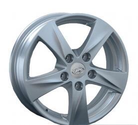 Автомобильный диск Литой Replay HND58 5,5x15 5/114,3 ET 47 DIA 67,1 Sil